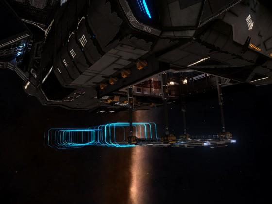 "Expedition ""Palin"" - Main ship awaiting SLF return"